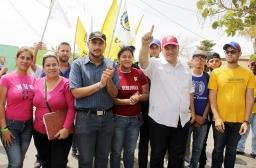 Militantes de todos los partidos políticos, independientes, líderes vecinales estuvieron presentes