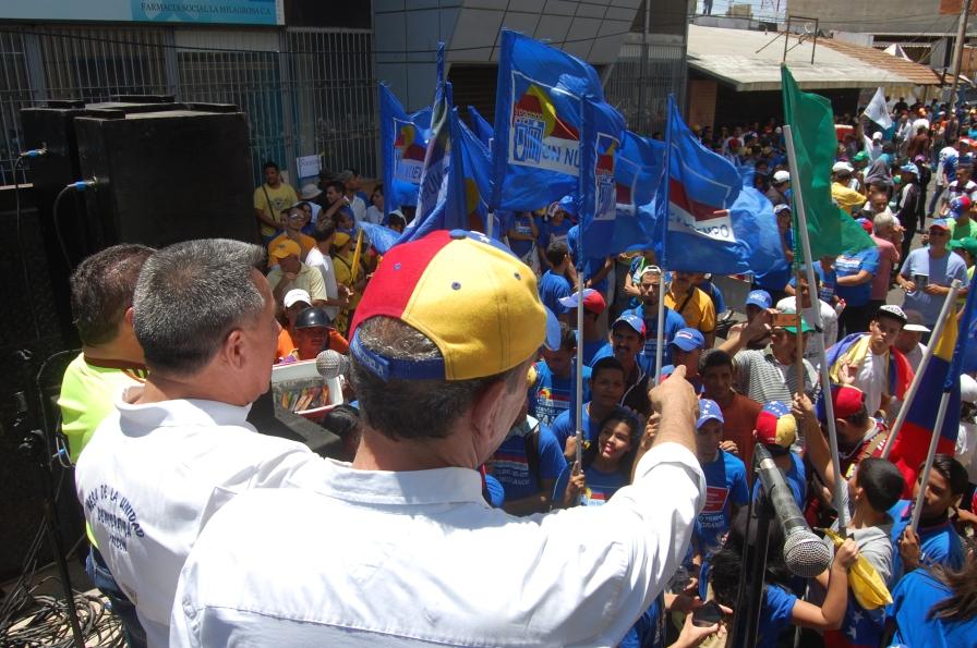 En Unidad Falcón salió a la calle para exigir revocatorio en 2016.